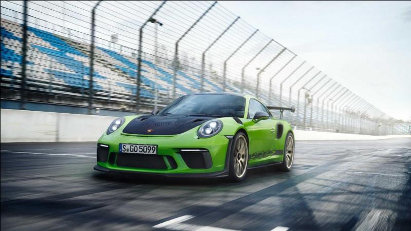 Quelle est la puissance d'une Porsche 911 991 GT3 RS phase 2 ?