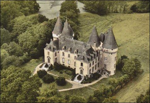 Où se trouve le château du Verdier ?