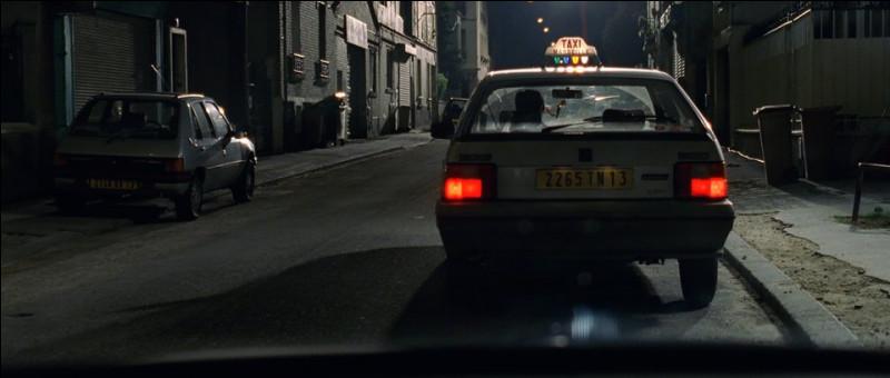 """Qui sont les propriétaires de la BX taxi que l'on voit devant le garage Krugers dans """"Taxi"""" ?"""
