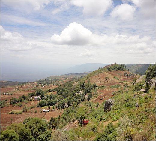 A quelle altitude se situe la ville d'Iten an Kenya ?