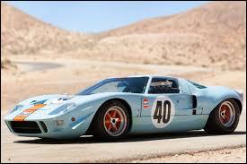 La Ford GT 40 s'appelle ainsi car Henry Ford II (le petit-fils d'Henry Ford) avait 40 ans lorsqu'il a décidé de construire cette voiture de course avec Caroll Shelby.