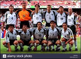 Quelle équipe, issue de l'ancienne Yougoslavie, s'inclina 1-2 contre les Espagnols lors du deuxième match ?