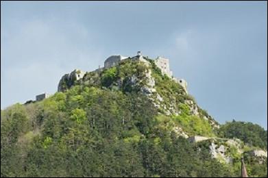 La ville de Salins-les-Bains était protégée par deux forts, encore visibles aujourd'hui : le fort Saint-André et le fort Belin. D'où vient le nom de ce dernier ?