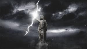 Patron de l'Olympe, ce dieu se métamorphosait de mille manières pour satisfaire ses passions. Qui est-il ?
