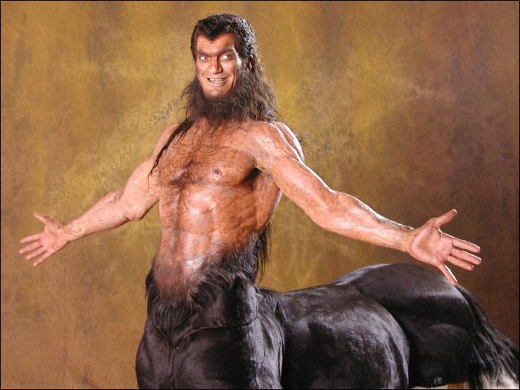 Quel héros grec massacra le plus grand nombre de centaures ?