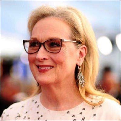 Dans quel film de 2008 Meryl Streep interprète-t-elle des chansons d'ABBA ?