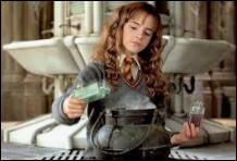 Hermione a été la 7e personne à se faire pétrifier.