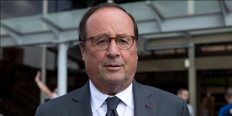 François Hollande était président de la République française entre 2007 et 2012.