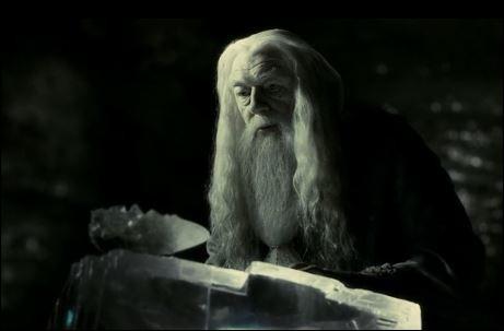 Dans quel village Harry et Dumbledore sont-ils allés le chercher ?