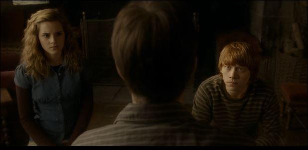 Qui délivre Harry du sort jeté par Drago, dans le train ?