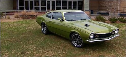 Richard Rawlings, patron du garage Gas Monkey a demandé à son équipe de mécaniciens de reproduire la voiture qu'il avait au lycée. La voici, mais façon Gas Monkey. Quelle est cette voiture ?