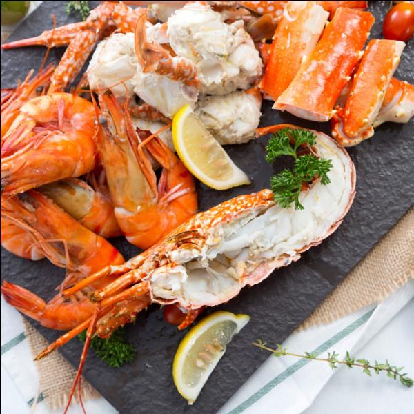 Combien de pattes possèdent les crustacés, tels les crabes, les homards, les crevettes, les écrevisses et les langoustes ?