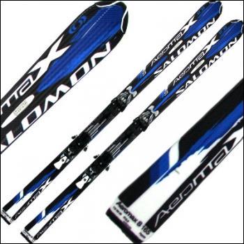 La forme des snowboards a influencé celle des skis. Une découpe particulière permet la réalisation des virages courts. Ces skis sont dits :