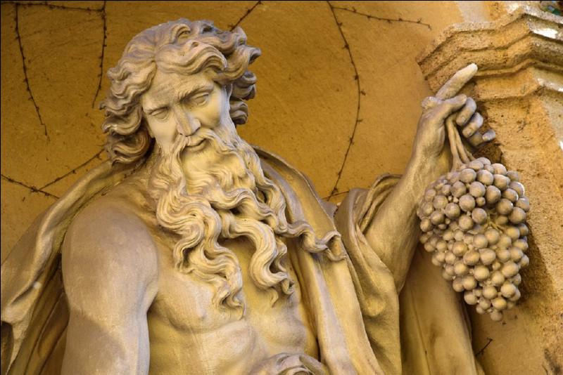 Quel dieu grec correspond au dieu romain ''Bacchus'' ?
