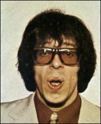 """1971 > Patrick [nom ?] a réussit à faire rimer """"J'ai bien mangé, j'ai bien bu..."""" avec [quoi ?]. Mais qui a osé pondre un truc pareil ?"""