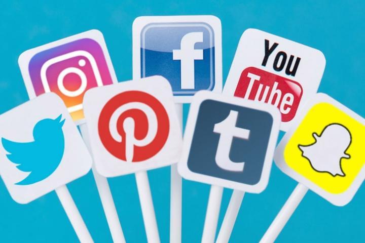 Les réseaux sociaux en devinettes