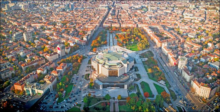 Indépendance - La Bulgarie obtient l'indépendance déclarée et reconnue de cet empire :