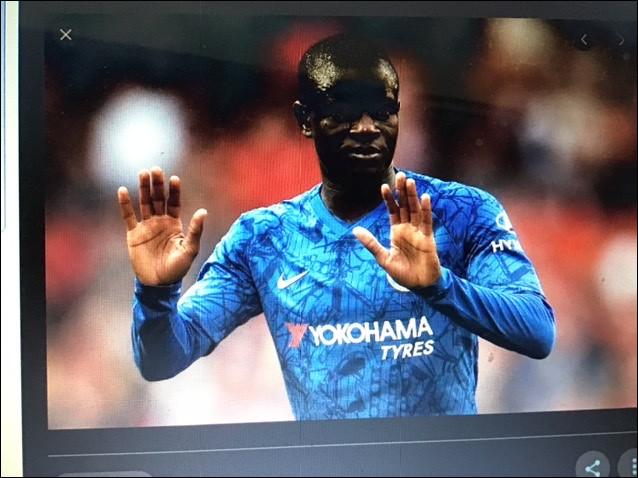 Quel est ce footballeur ?