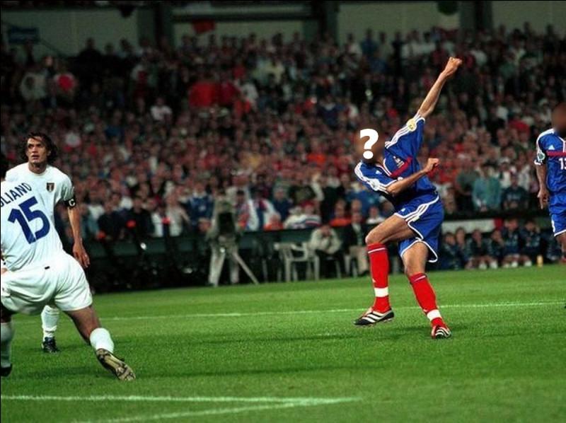 Quel joueur a inscrit le but en or lors de la finale (France / Italie) lors de l'Euro 2000 ?