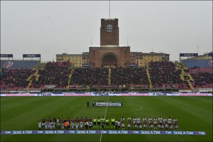 Quel club italien joue au stade Renato-Dall'Ara ?
