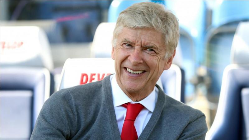 Quel club n'a jamais entraîné Arsène Wenger ?