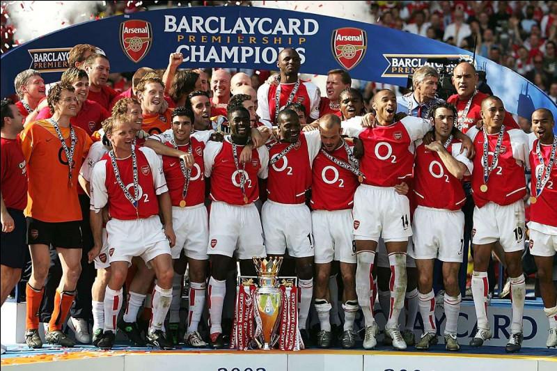Combien de championnats d'Angleterre Arsenal a-t-il remportés durant son histoire ?
