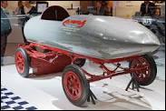 Quel était le nom de cette voiture, qui fut première voiture (électrique) à franchir la vitesse de 100 km/h, en 1899, à Achères ?