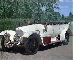 """Voici une des premières créations du """"père"""" de la Volkswagen. Mais qui est donc ce """"père"""" ?"""