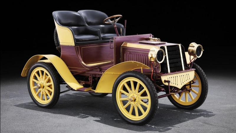 """Qu'est-ce qui a motivé le fondateur de la marque """"Mercedes"""" à choisir ce nom ?"""