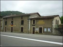 Celles est un village Ariégeois situé dans l'ex région ...