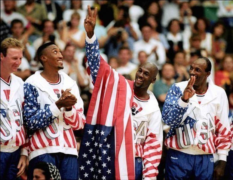 Quel numéro de maillot de la sélection américaine, portait MJ lors des J.O. de 1992 ?