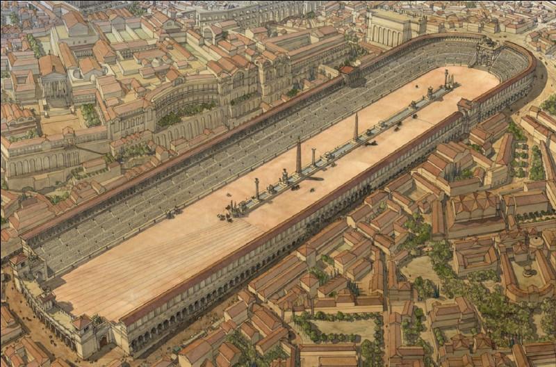 Quel est le nom de ce cirque de la Rome antique, grand hippodrome de forme ovale qui pouvait accueillir jusqu'à 300 000 spectateurs ?