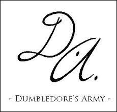 Pendant la première réunion de l'Armée de Dumbledore, qui demande à Harry Potter si c'est vrai qu'il arrive à faire apparaître un patronus ?