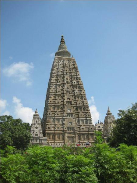 Bien ! Passons maintenant aux monuments indiens : quel est le nom de ce temple ?