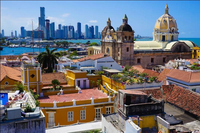 Après avoir regardé un documentaire sur les cartels de drogue en Colombie, penses-tu un jour vouloir y aller ?
