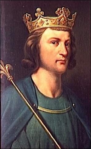 Et si nous remontions dans le temps : Le 5 août 882, le jeune roi Louis III rentre de la,guerre, chemin faisant il rencontre une jeune donzelle, qui lui fait palpiter le sceptre royal, mais la demoiselle ne veut rien savoir, outré, et peu habitué à ce qu'on lui résiste, le roi poursuit la réfractaire, bien décidé à lui faire goûter sa toute puissance, mais elle réussit à rentrer chez elle !