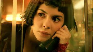 """Qui est l'actrice principale dans le film de Jean-Pierre Jeunet, tourné à Montmartre et sorti en 2001, intitulé """"Le Fabuleux destin d'Amélie Poulain"""" ?"""