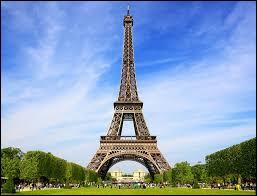 À quelle occasion la tour Eiffel a-t-elle été construite ?