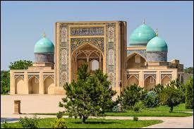 La capitale de l'Ouzbékistan est connue pour ses nombreux musées et son architecture mêlant le modernisme au soviétisme.