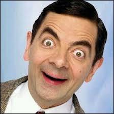 Qui est ce personnage de fiction créé et interprété par Rowan Atkinson, tenant le rôle principal dans une série télévisée britannique ?