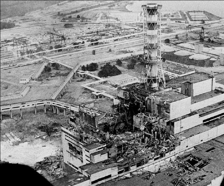 Au cours de quelle décennie a eu lieu la catastrophe nucléaire de Tchernobyl ?