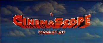 Qui a inventé le cinemascope en 1926 ?