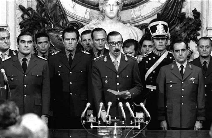 Dans quel pays a-t-on connu de 1976 à 1983, une dictature militaire dont les principales figures étaient Jorge Rafael Videla et Roberto Eduardo Viola ?