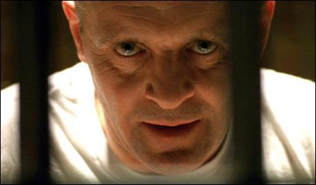 C'est un meurtrier, c'est un cannibal, il est orphelin :
