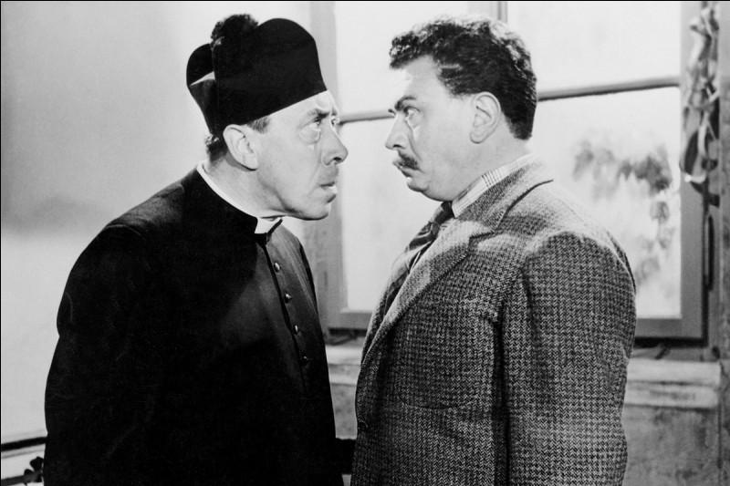Tout le monde connaît les personnages de Don Camillo et Peppone, incarnés au cinéma par Fernandel et Gino Cervi, mais quel est le nom de l'auteur des nouvelles humoristiques dont les films ont été tirés ?