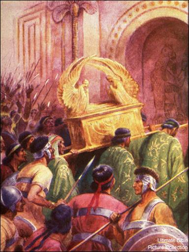 """Dans la Bible, ce peuple après leur victoire sur les hébreux, y rapportèrent l'arche d'alliance dans leur temple ce qui provoqua l'apparition d'une maladie contagieuse """"peste"""" qui les frappa très durement. Qui sont-ils ?"""