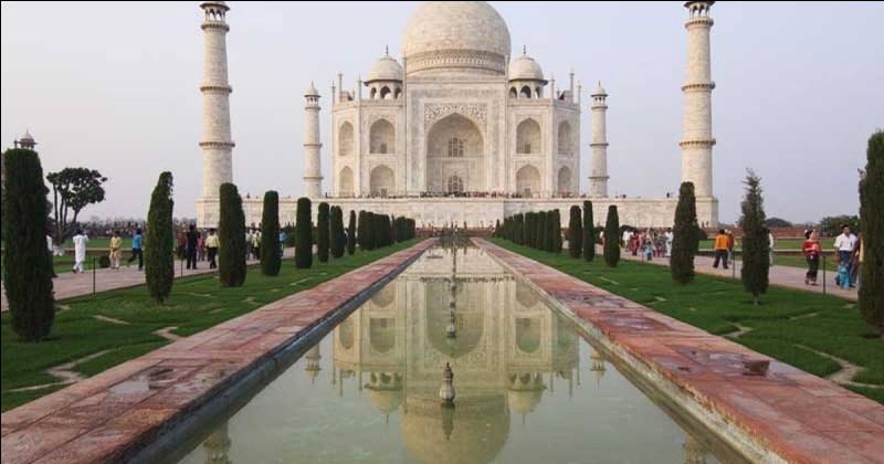 Pourquoi Shâh Jahân a-t-il fait construire le Taj Mahal ?