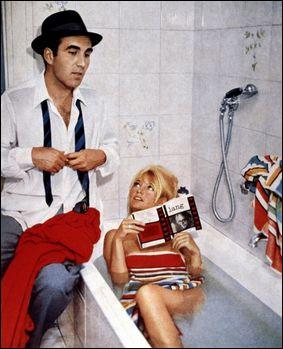 Quel est le film où il tourne avec Bardot, qui va propulser sa carrière internationale ?