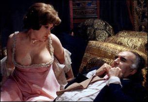 Un film va faire grand scandale a sa sortie en 1973. Il y incarne un cadre jouissant de la vie jusqu'à la mort.