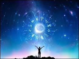 Quel est le signe astrologique du personne qui est née le 21 mai ?
